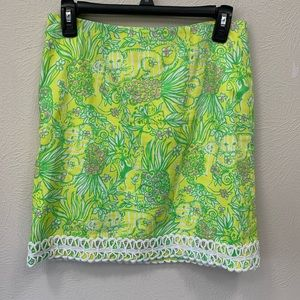 Lilly Pulitzer size 2 skirt.